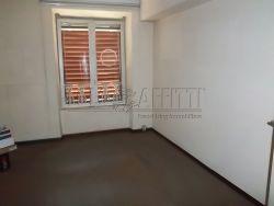 Ufficio in Affitto a Modena, zona Centro Storico, 750€, 100 m²
