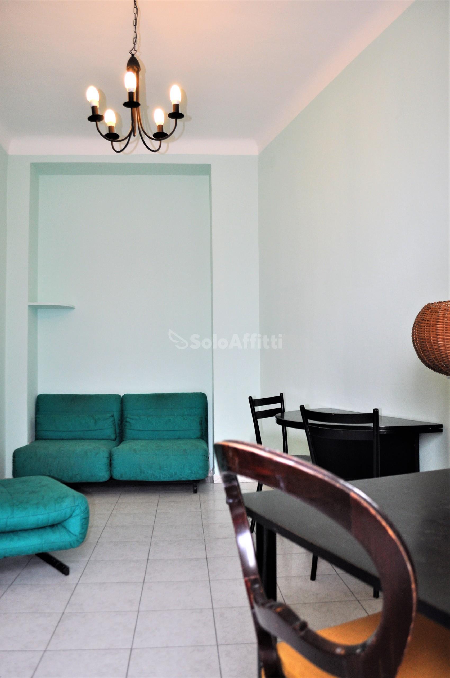 Affitto appartamento bilocale arredato 60 mq for Appartamento arredato milano