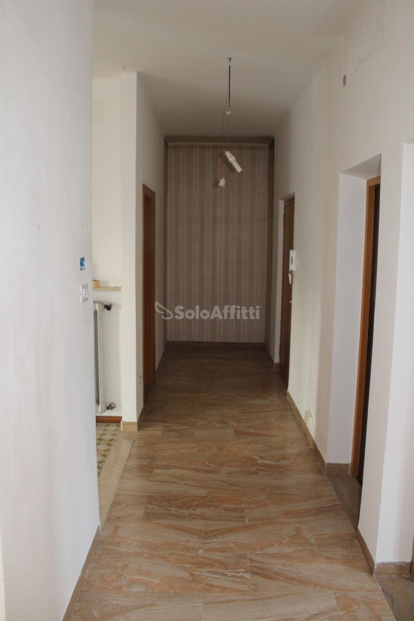 Appartamento in affitto a Bolzano, 3 locali, prezzo € 1.080 | PortaleAgenzieImmobiliari.it