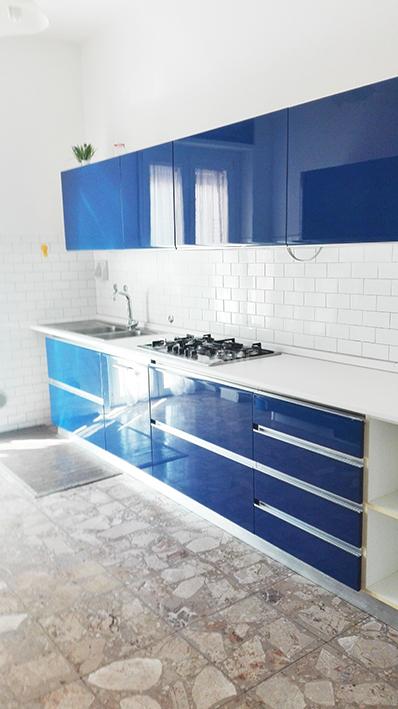 SoloAffittiParma1,trilocale con cucina zona Lubian