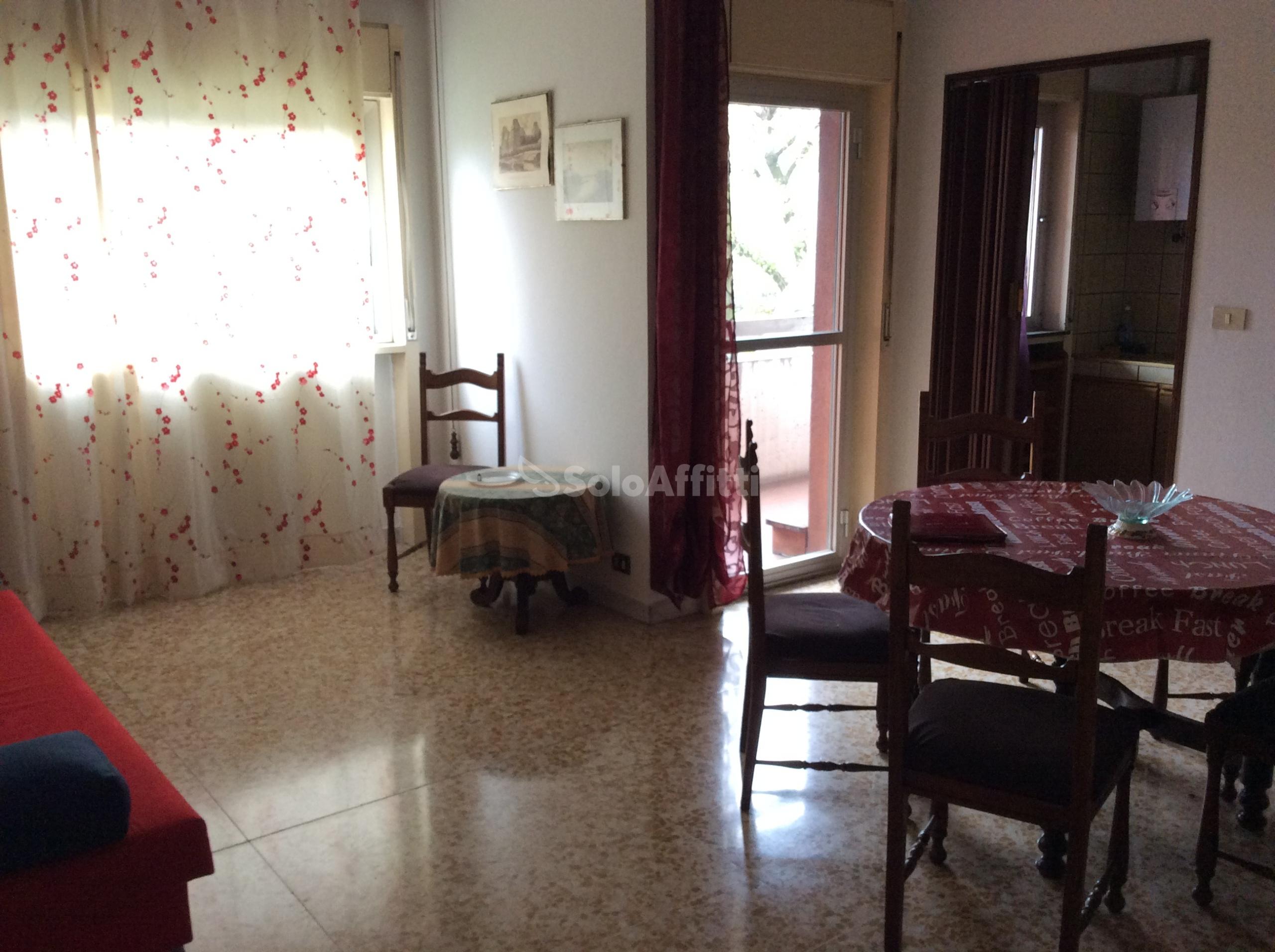Ufficio Casa Orbassano : Ufficio studio case negozi e appartamenti in affitto a