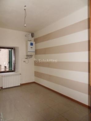 Appartamento in affitto a Bulgarograsso, 2 locali, prezzo € 395 | PortaleAgenzieImmobiliari.it
