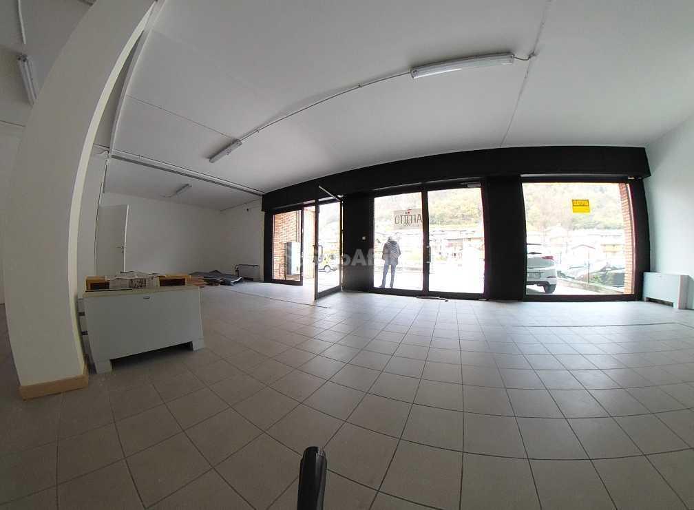 Negozio / Locale in affitto a Mori, 2 locali, prezzo € 900 | PortaleAgenzieImmobiliari.it