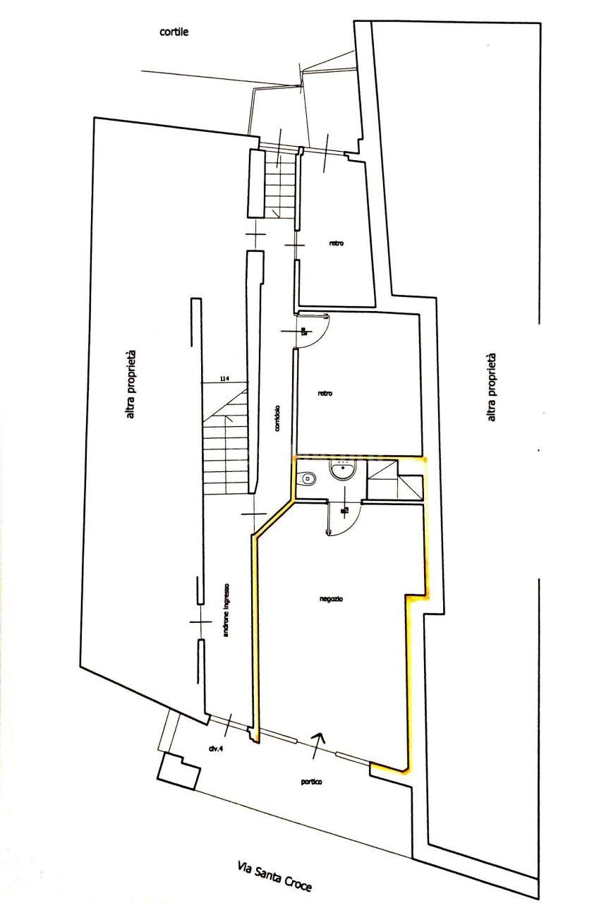 Fondo/negozio - 1 vetrina/luce a Centro Storico, Moncalieri Rif. 7265534