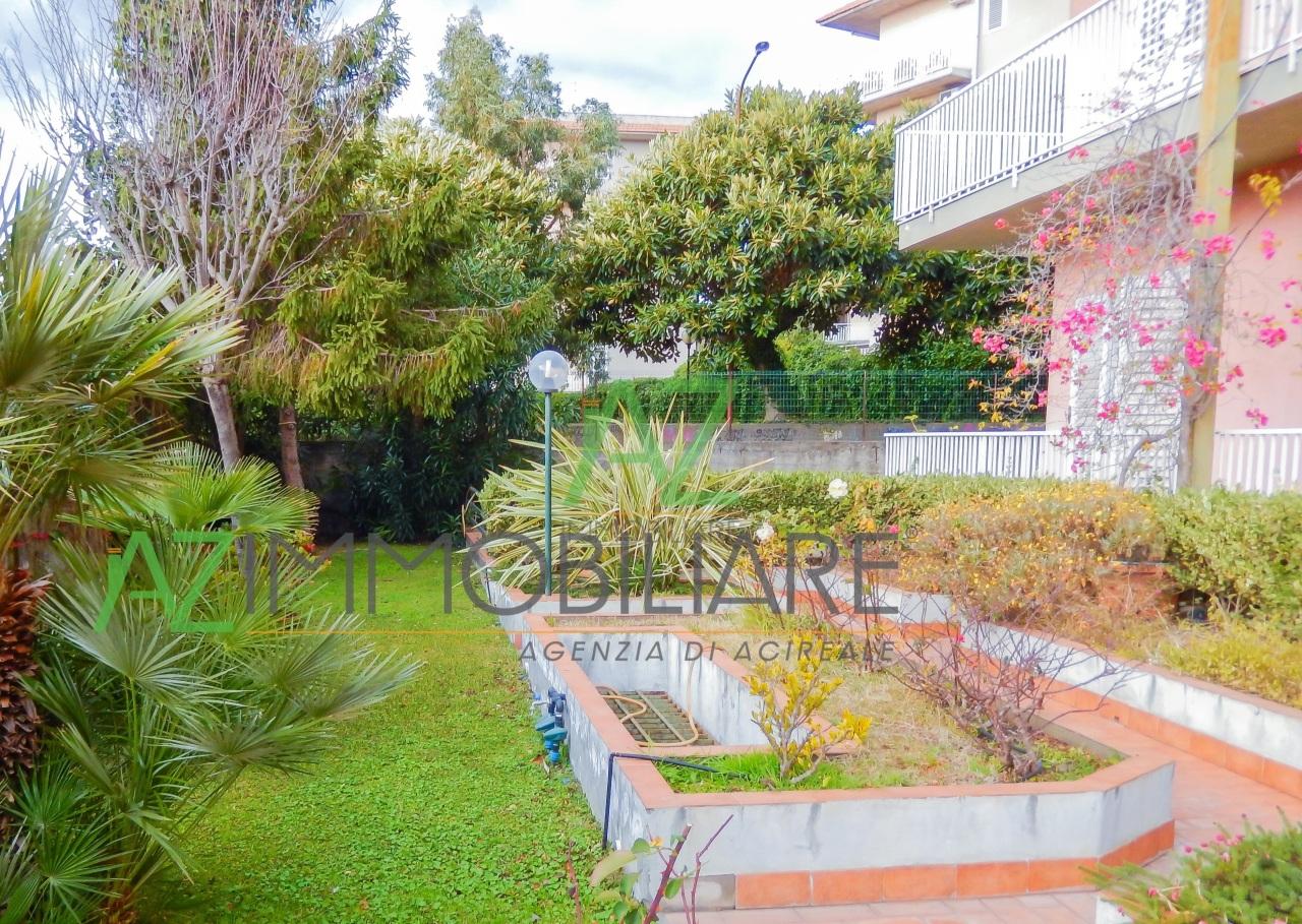 Appartamento in buone condizioni in vendita Rif. 4149112