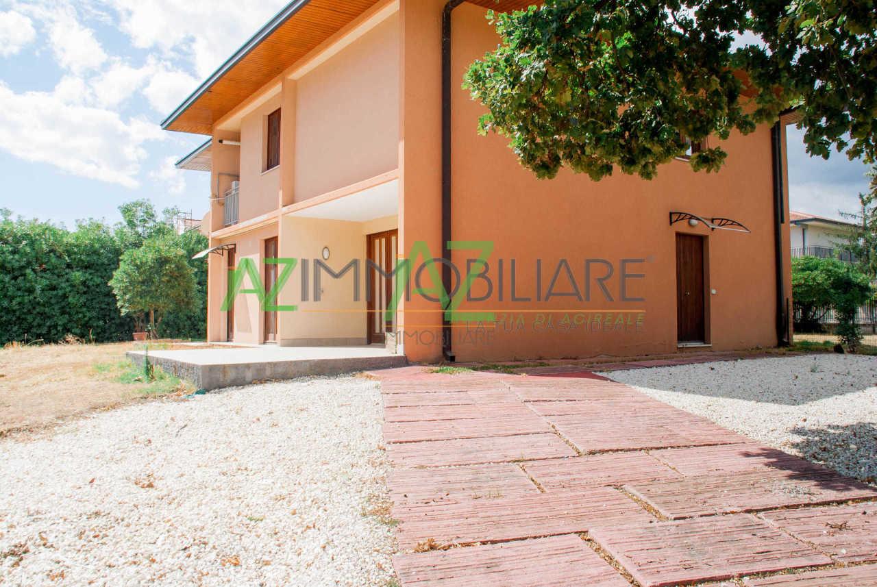 Appartamento ristrutturato in vendita Rif. 10525391