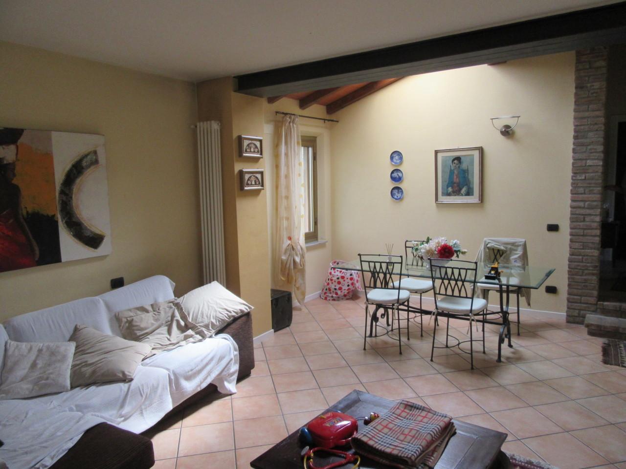 Villetta a schiera ristrutturato in vendita Rif. 4142156