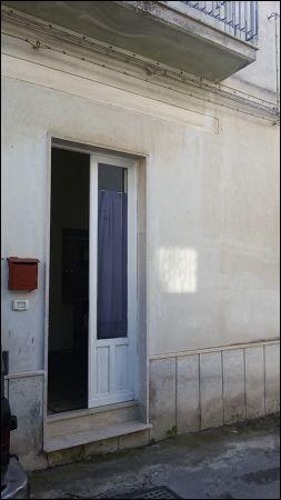 Casa Indipendente da ristrutturare arredato in affitto Rif. 9662124
