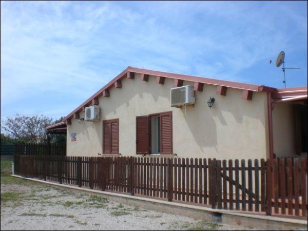 Villetta a schiera in ottime condizioni in vendita Rif. 11734426