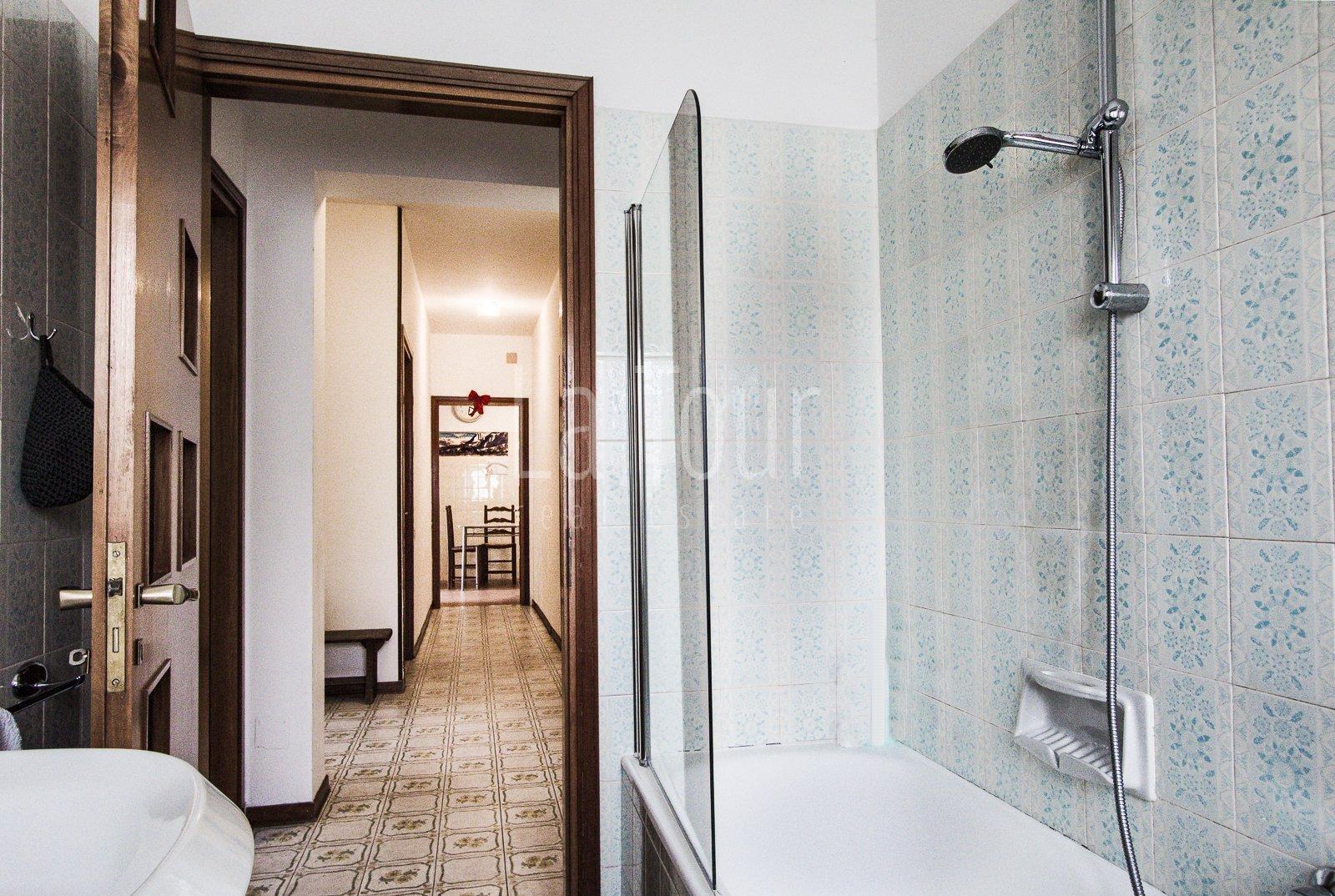 bagno e corridoio