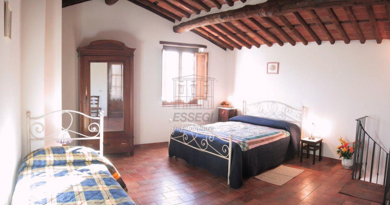 Albergo in vendita a Bagni di Lucca, 7 locali, prezzo € 437.000 | CambioCasa.it