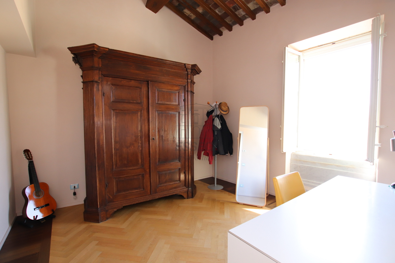 Appartamento Lucca Centro storico IA03502 img 43