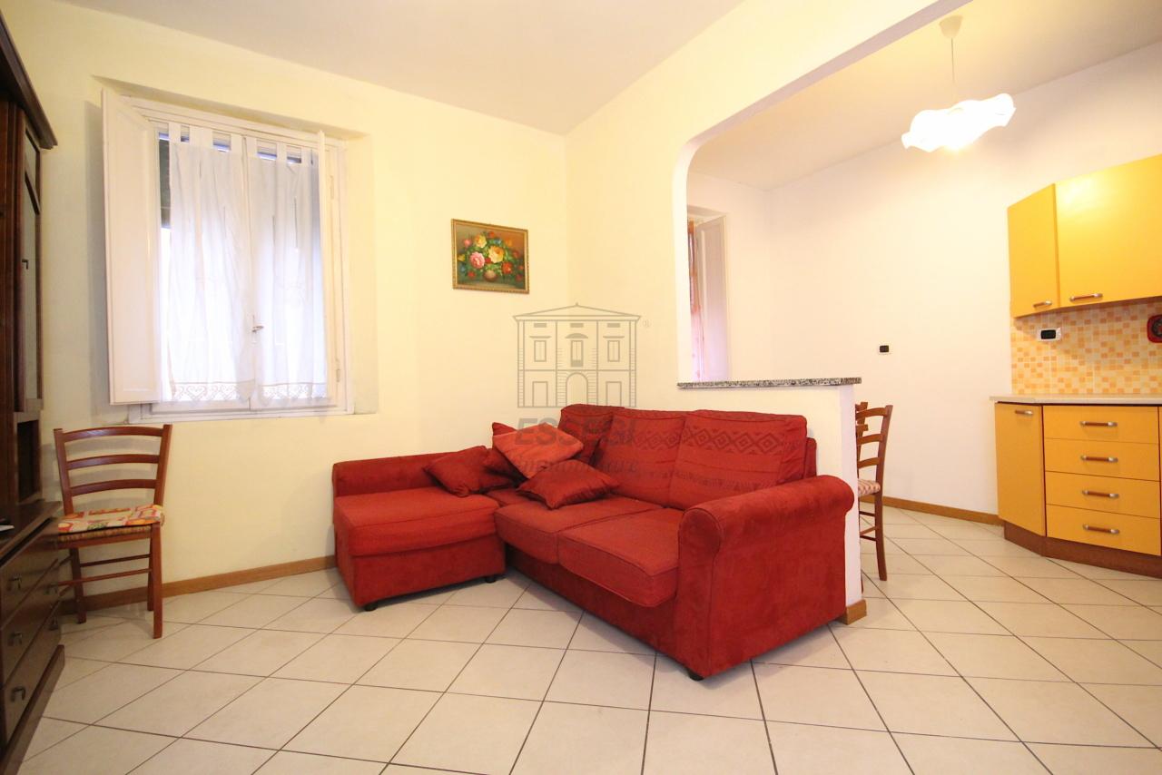 Appartamento Lucca Centro storico IA03407 img 2