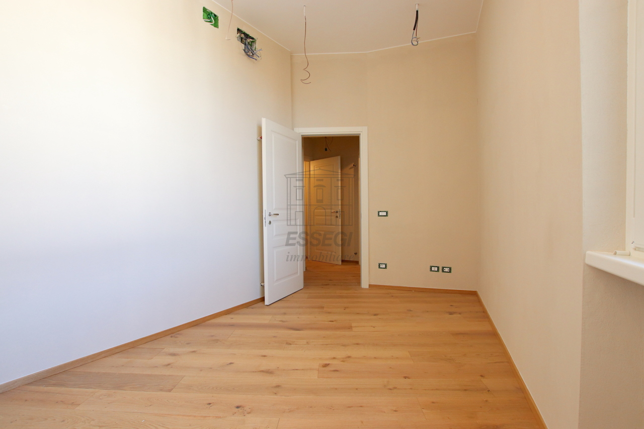 Appartamento Lucca Centro storico IA03509 img 8