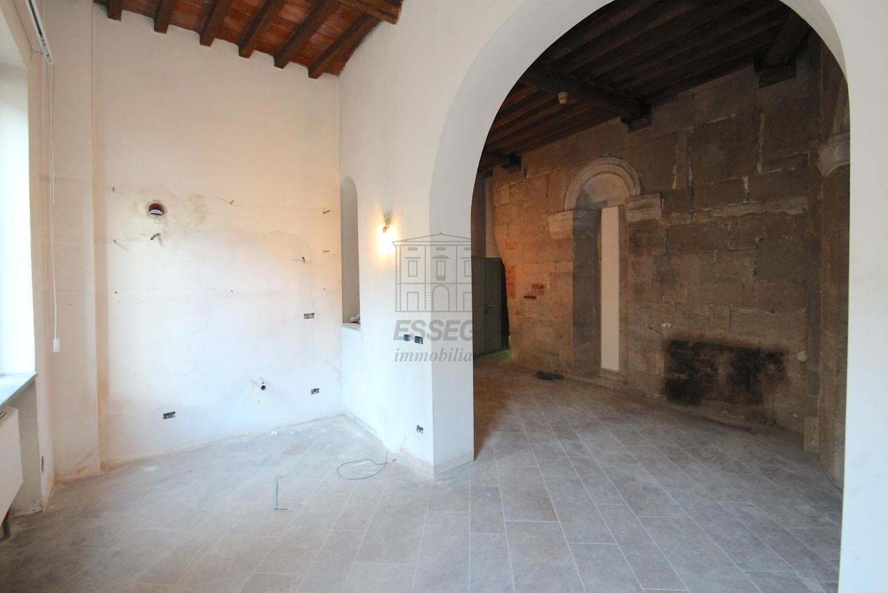 Appartamento Lucca Centro storico IA03452 img 19