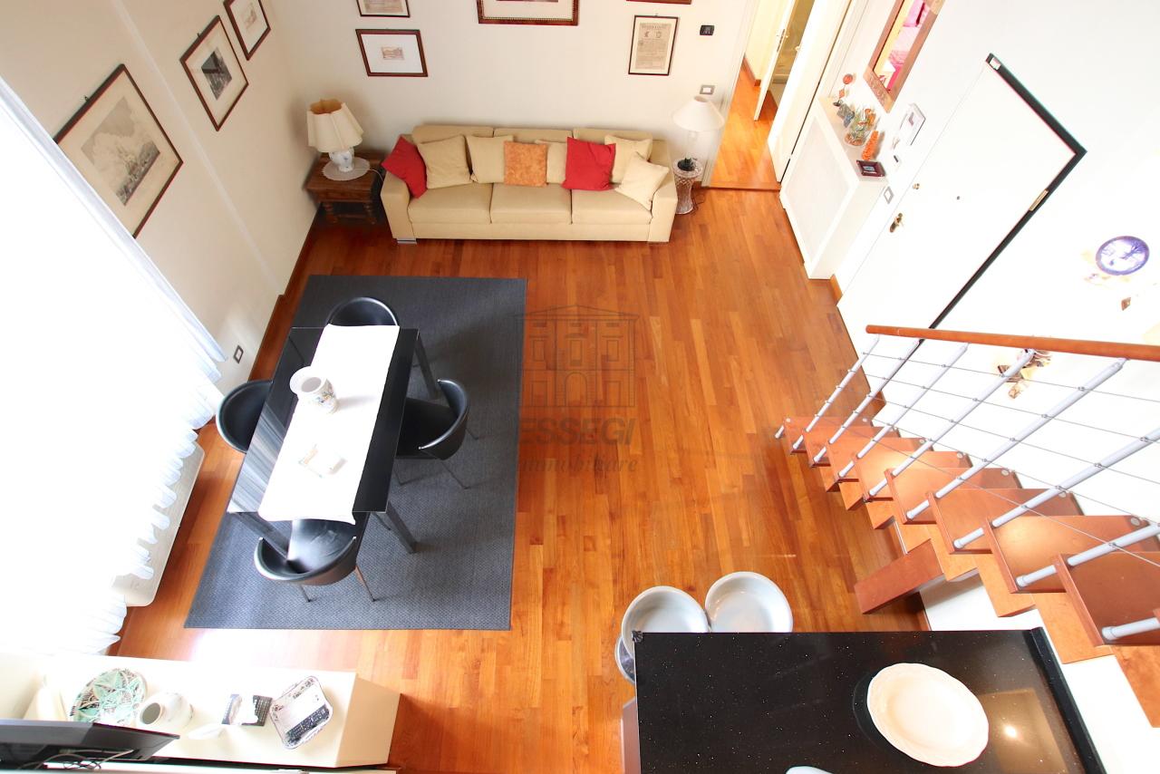 Appartamento Lucca Centro storico IA03540 img 9