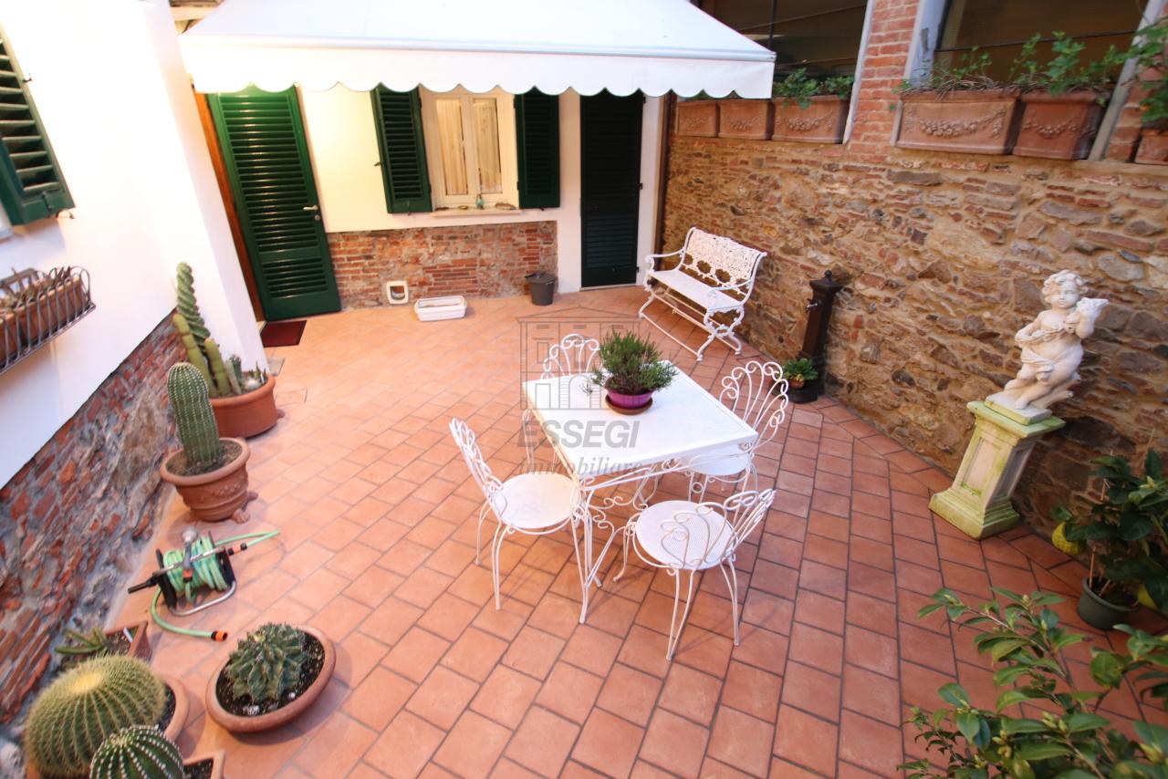 Appartamento Lucca Centro storico IA03524 img 20