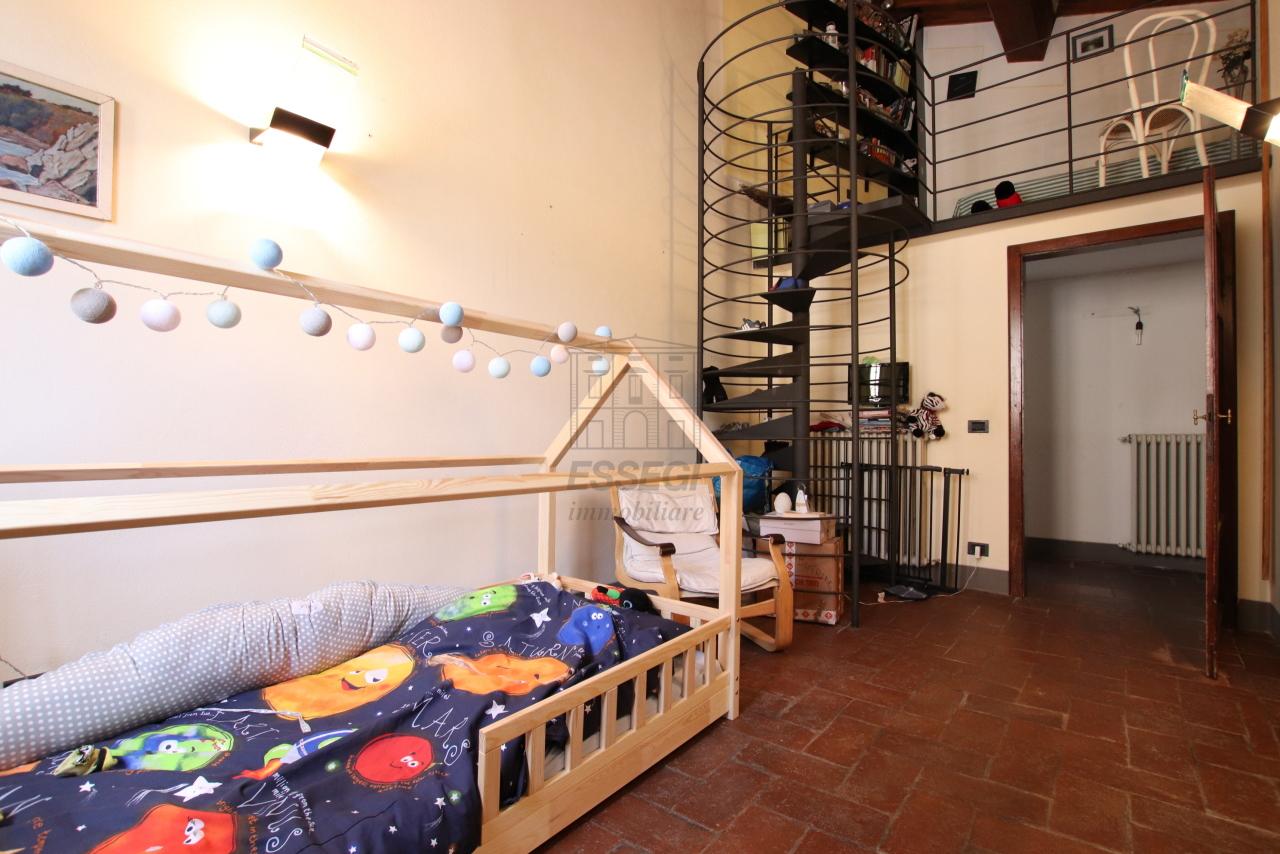 Appartamento Lucca Centro storico IA03533 img 9