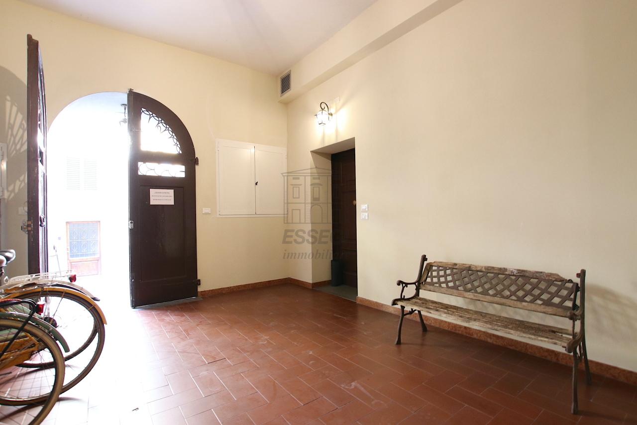 Appartamento Lucca Centro storico IA01844 img 21