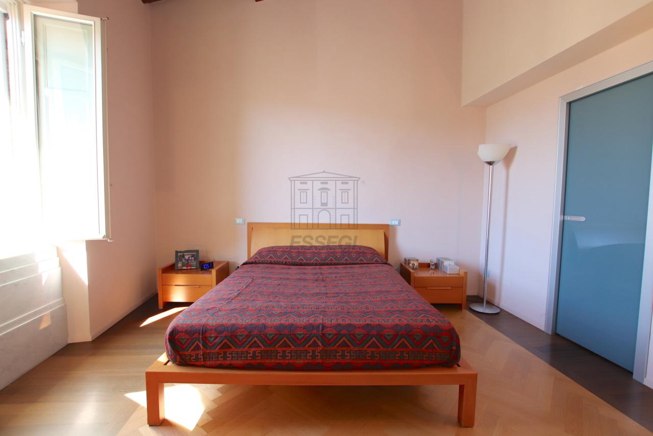 Appartamento Lucca Centro storico IA03502 img 39