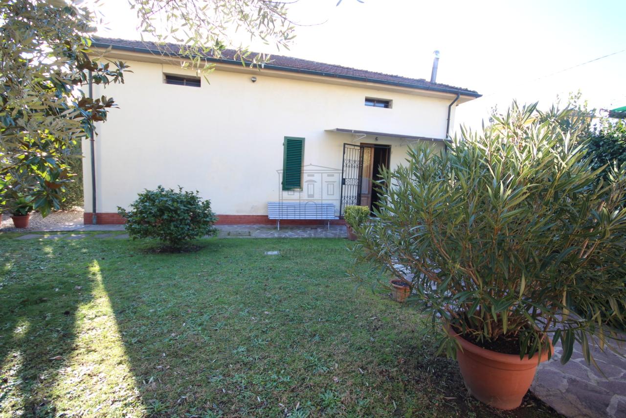 Villa singola Lucca S. Donato IA01631 img 2