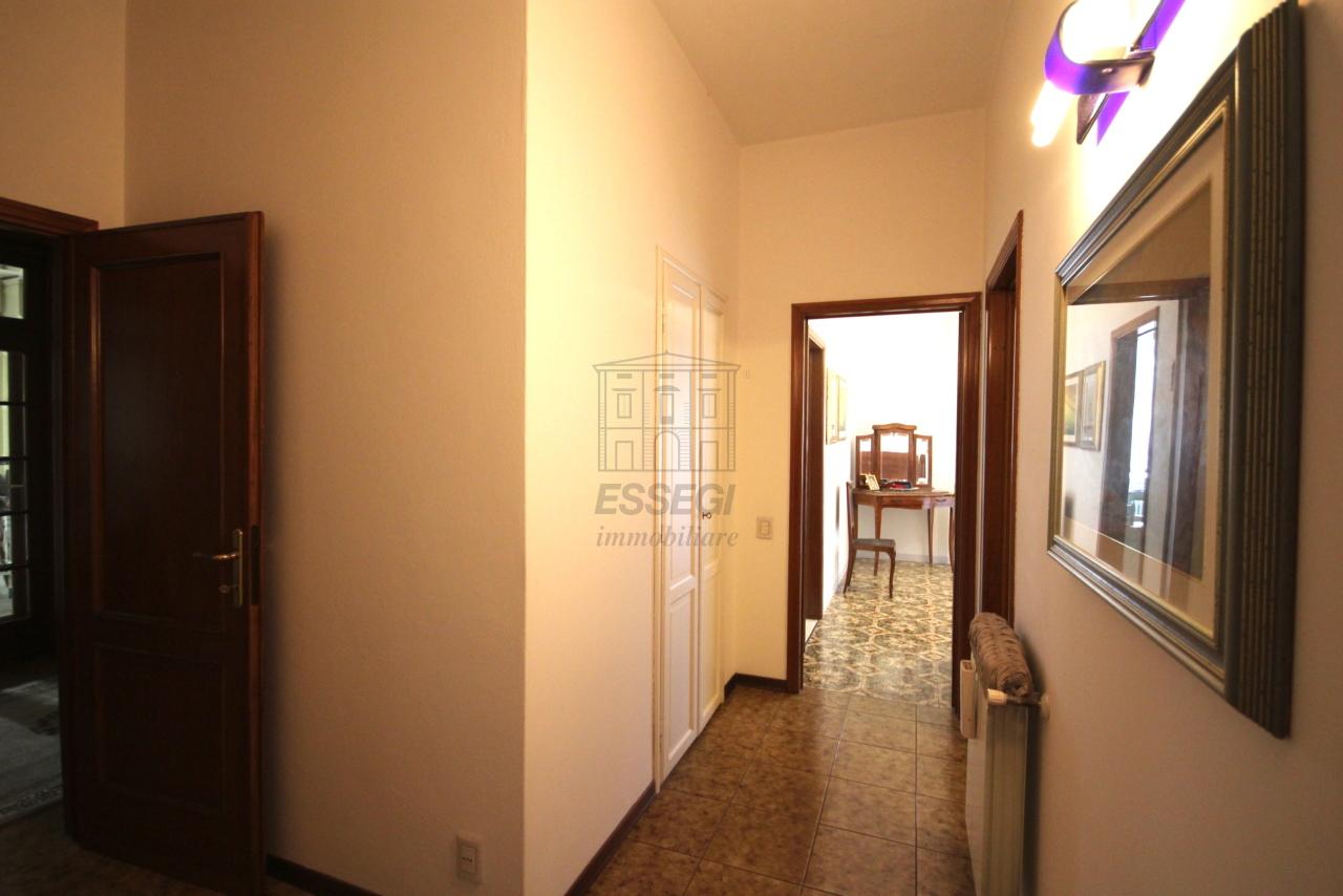 Villa divisa in due unità Lucca S. Anna IA03423 img 10