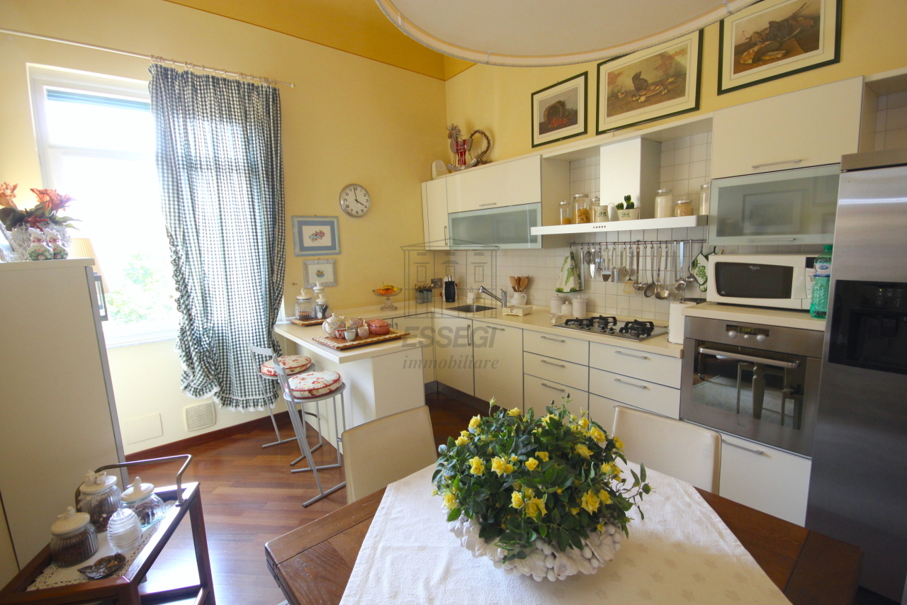 Appartamento Lucca Centro storico IA03415 img 3