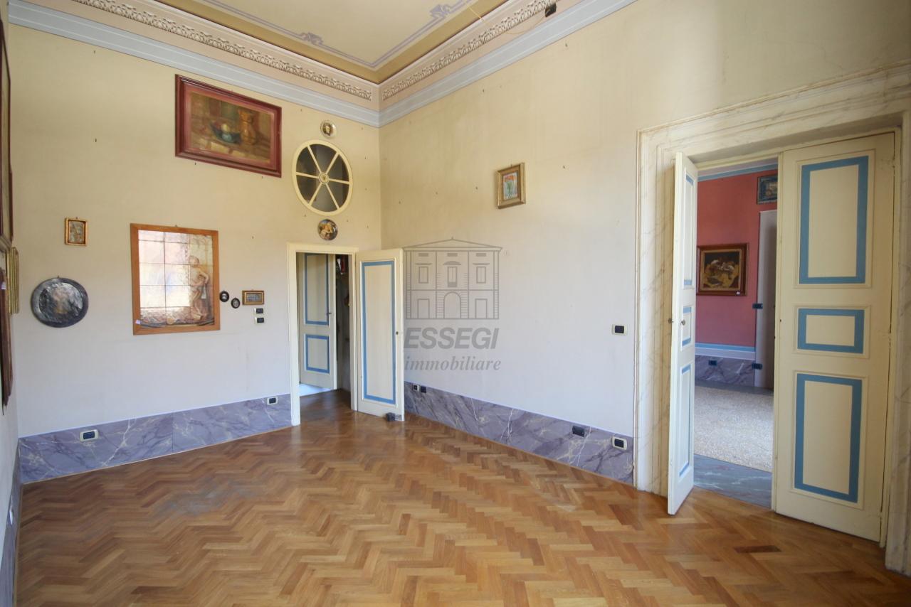Appartamento Lucca Centro storico IA03358 img 26