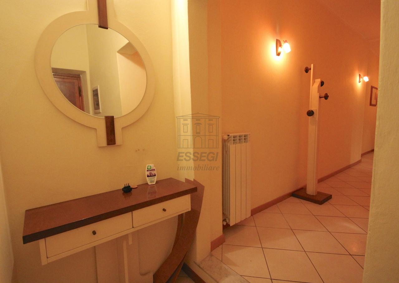 Appartamento Lucca Centro storico IA03407 img 16