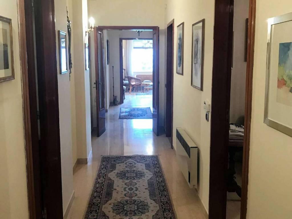 Appartamento in vendita a Reggio Calabria, 5 locali, prezzo € 210.000 | CambioCasa.it