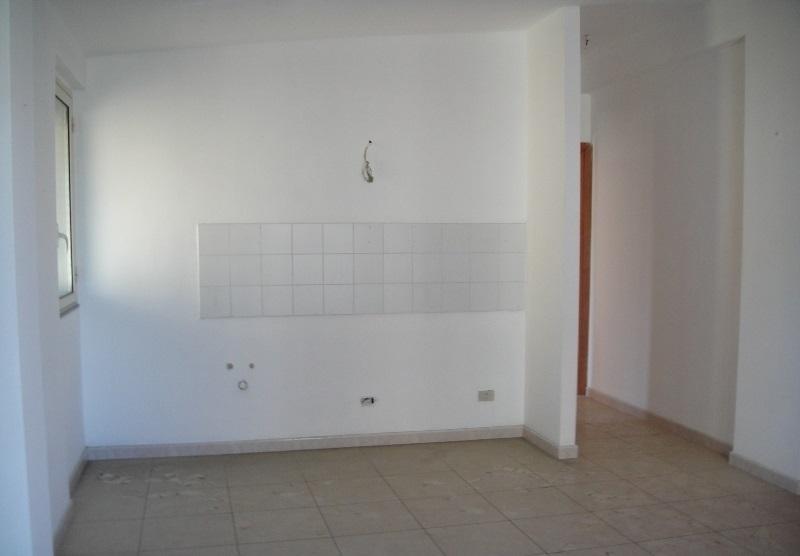 Monolocale in buone condizioni in affitto Rif. 11365344
