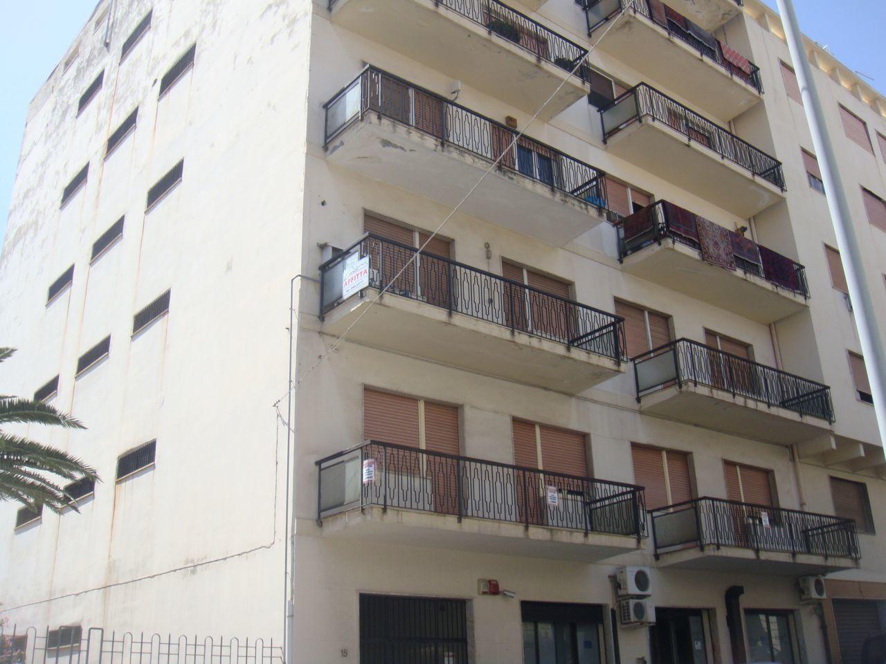 Appartamento in vendita a Reggio Calabria, 3 locali, prezzo € 150.000 | CambioCasa.it