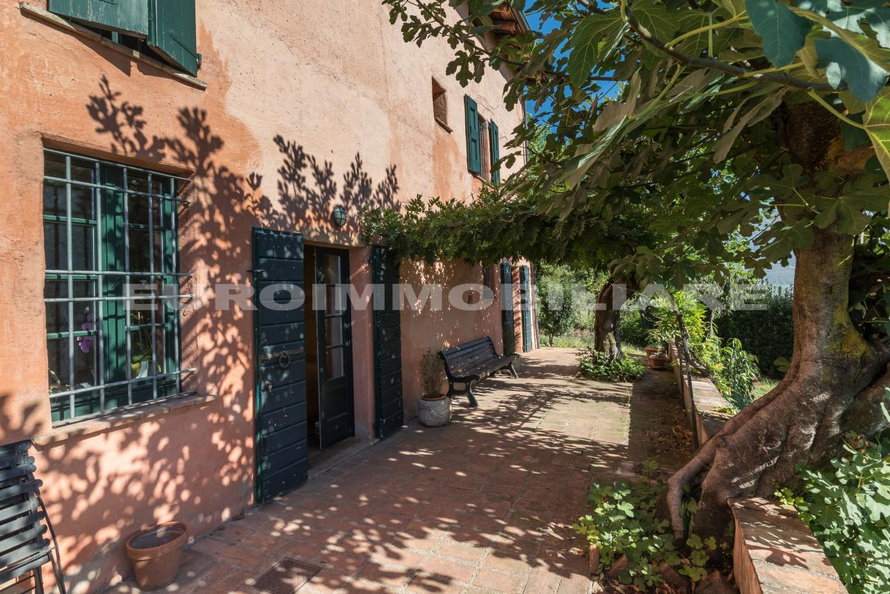 Villa in vendita a Botticino, 5 locali, prezzo € 450.000 | CambioCasa.it