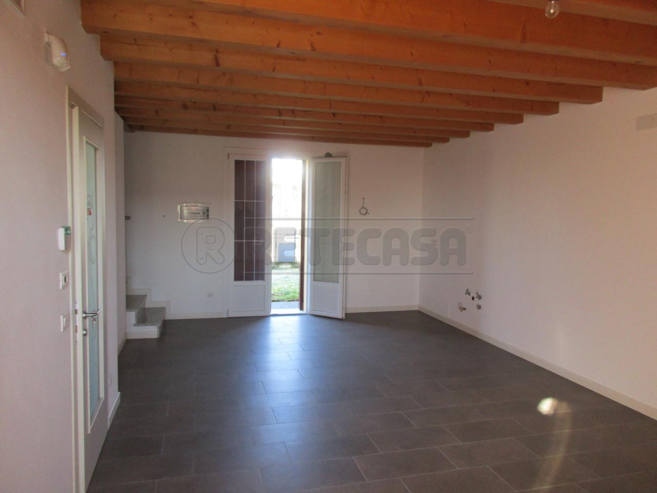 Porzione di casa in vendita Rif. 9558531