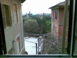Trilocale in Vendita a Perugia, zona Monteluce, 125'000€, 82 m², arredato
