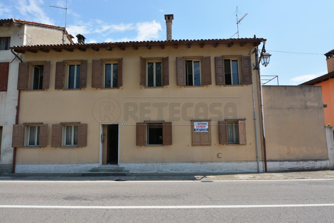 Indipendente - Casa Colonica a Joannis, Aiello del Friuli