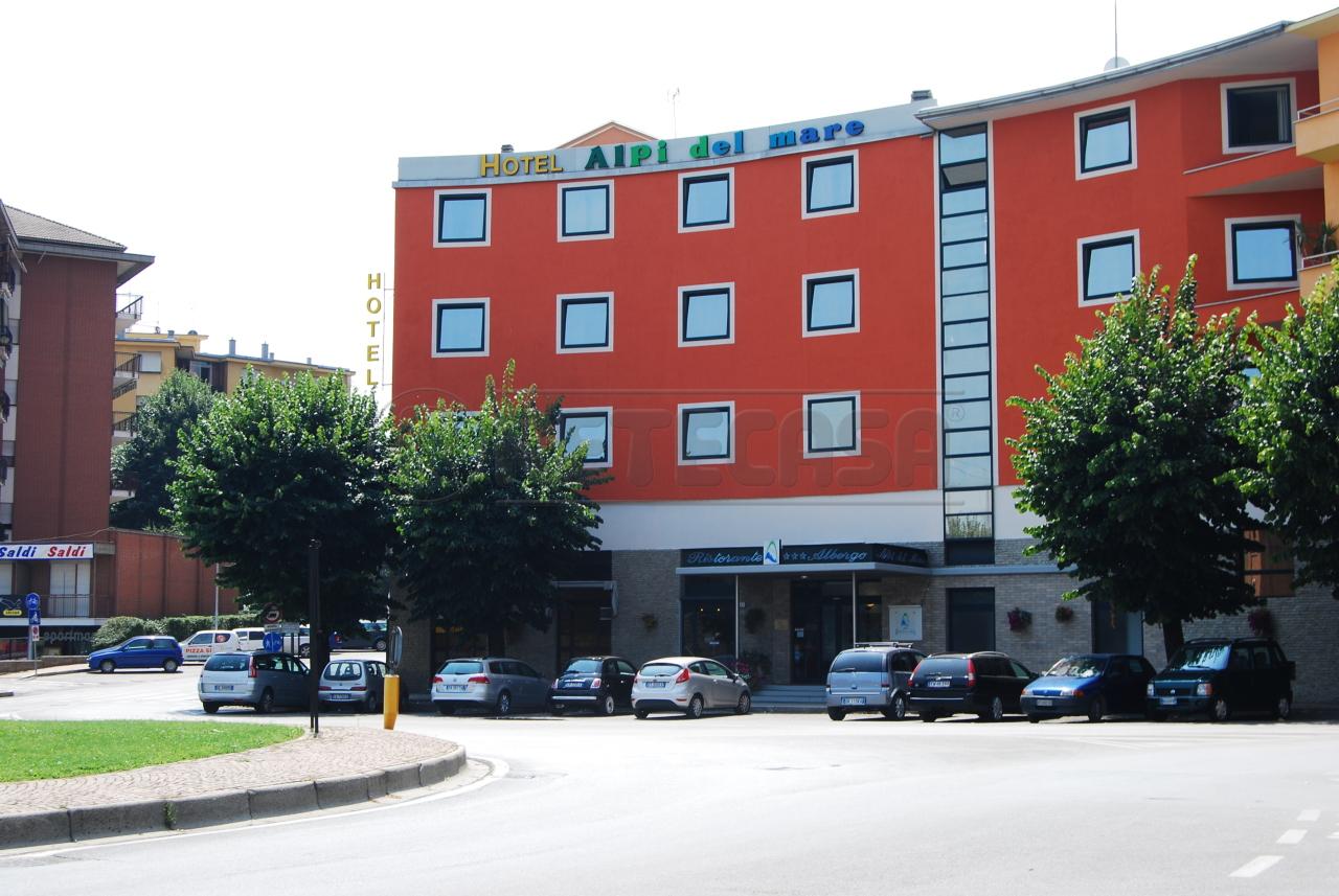 Attività commerciale - Albergo a Mondovì