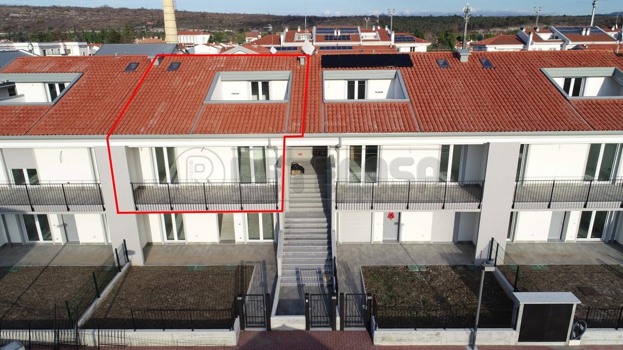 Appartamento in vendita a Ronchi dei Legionari, 5 locali, prezzo € 188.000 | PortaleAgenzieImmobiliari.it