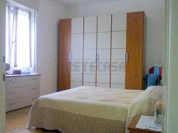 Appartamento in Vendita a Mantova, 75'000€, 110 m², arredato, con Box