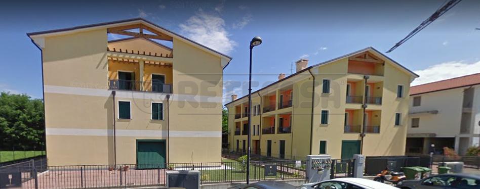Appartamento da ristrutturare in vendita Rif. 10801919