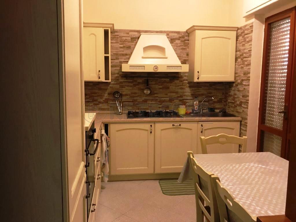 Appartamento in affitto a Catanzaro, 9999 locali, prezzo € 250 | CambioCasa.it