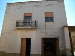 Villa in Vendita a Caltanissetta, zona c/da Niscima, 60'000€, 180 m²