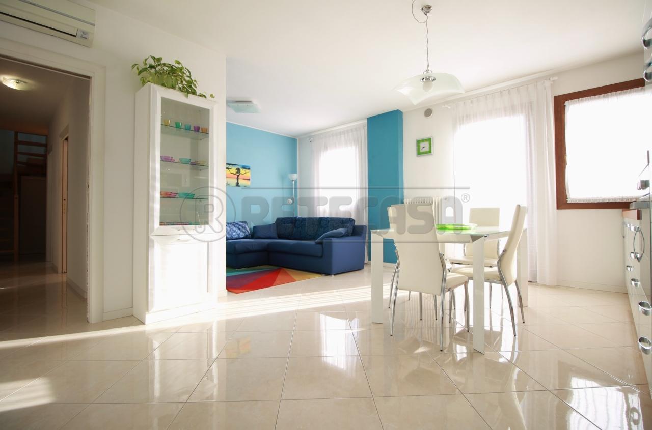 Appartamento in vendita a Montebello Vicentino, 4 locali, prezzo € 143.000 | CambioCasa.it