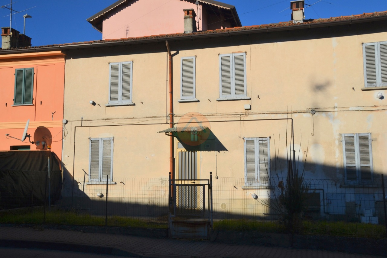 Villa a Schiera in vendita a Carbonara al Ticino, 3 locali, prezzo € 22.000   PortaleAgenzieImmobiliari.it