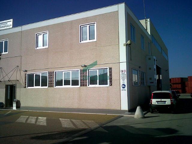 Ufficio - trilocale a Zona Industriale, Modugno Rif. 9998079