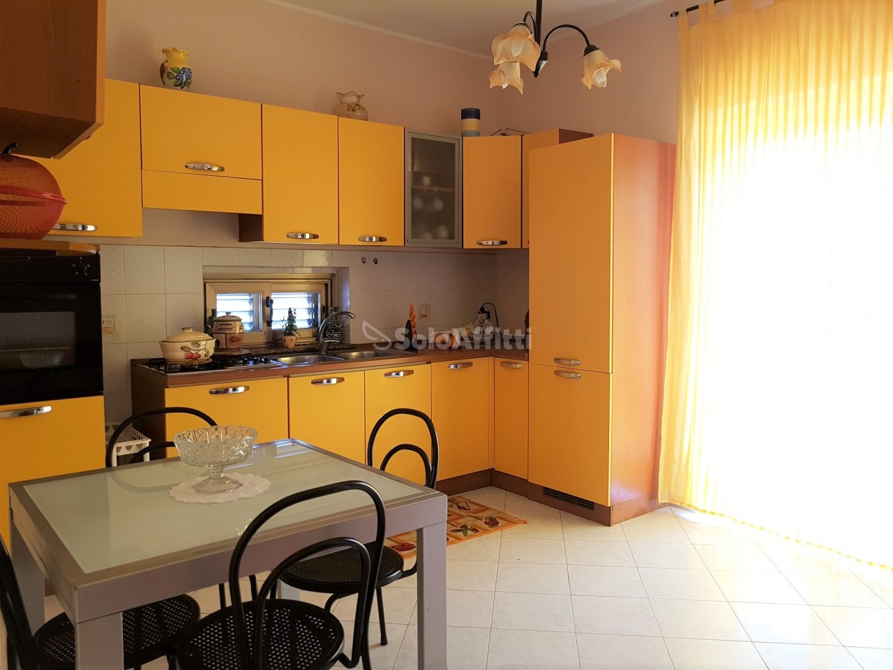 Bilocale in ottime condizioni arredato in affitto Rif. 6548557