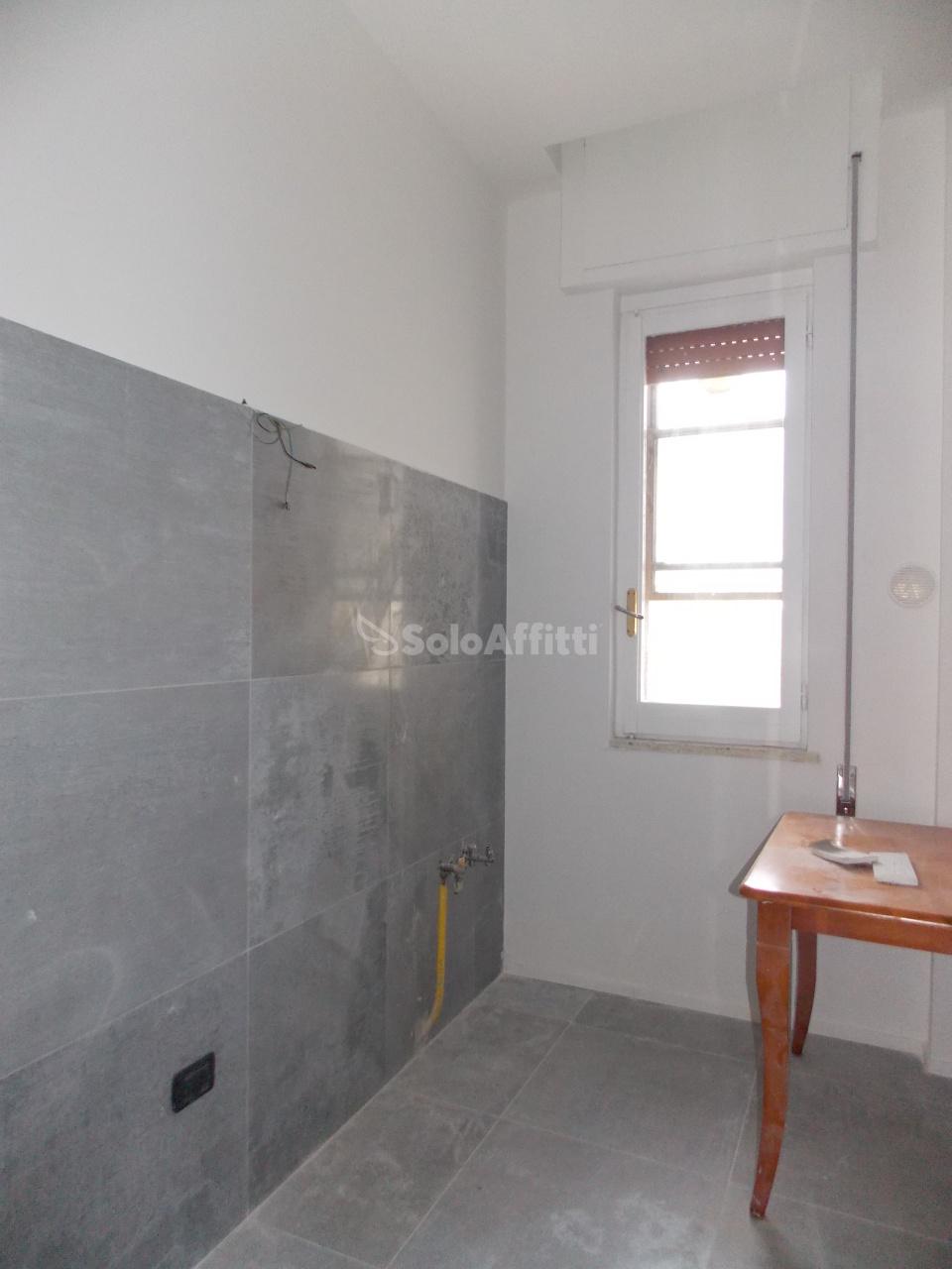 Bilocale in buone condizioni arredato in affitto Rif. 8001467