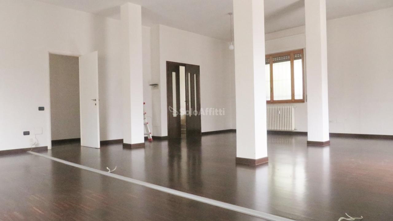 Ufficio / Studio in affitto a Parabiago, 1 locali, prezzo € 480 | PortaleAgenzieImmobiliari.it