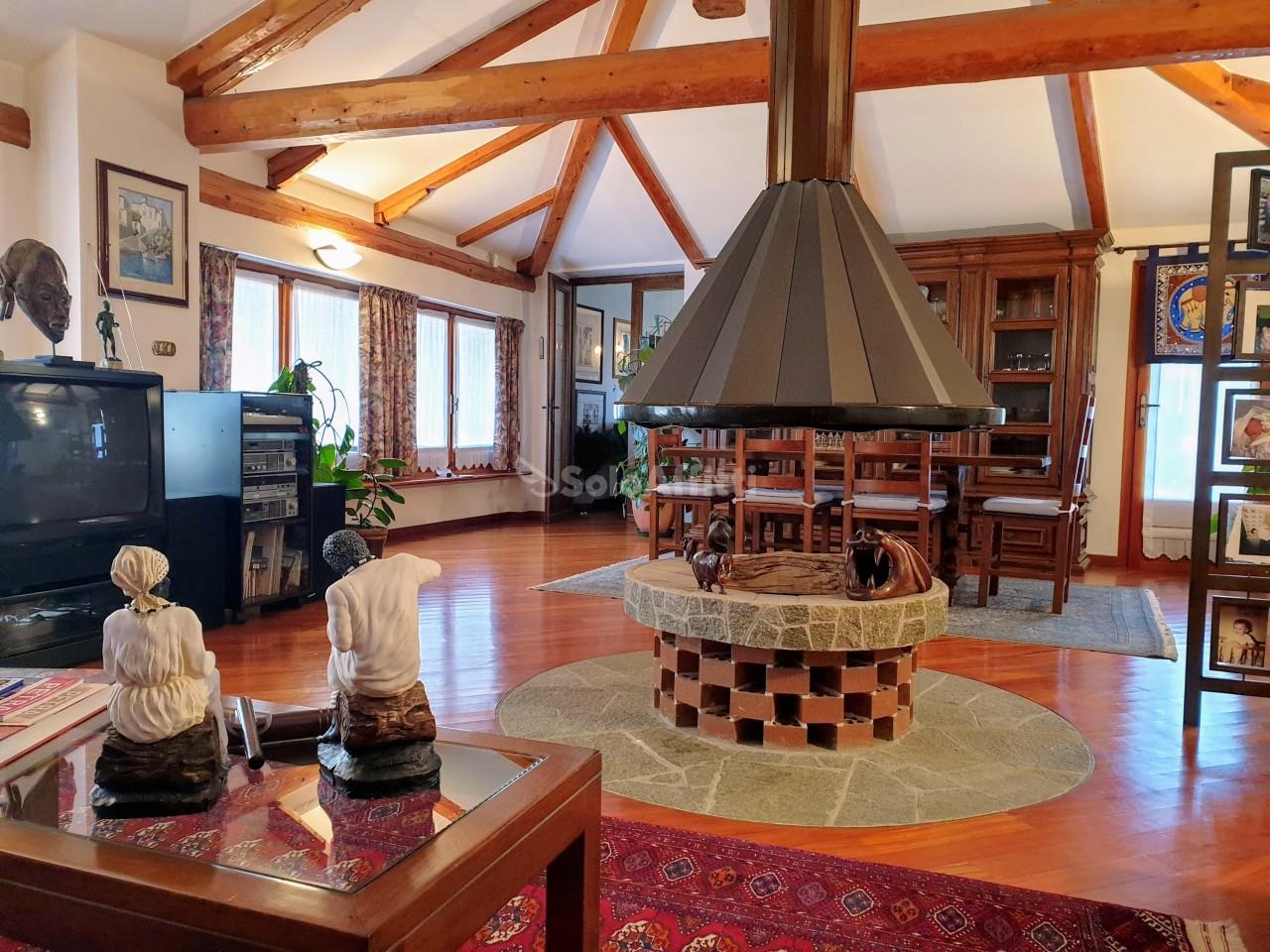 Villa in ottime condizioni arredato in affitto Rif. 9854431