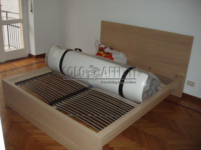 Bilocale ristrutturato arredato in affitto Rif. 10589597